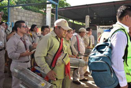 Fortalece Rutilio programa contra el dengue.
