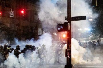 Protestas en Portland: qué pasa en la ciudad de EE.UU. que lleva más de 50 días de protestas