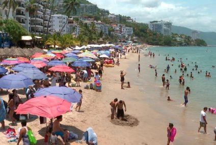 Puerto Vallarta olvida pandemia y recibe a vacacionistas