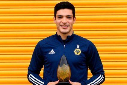 Raúl Jiménez, elegido el Mejor Jugador de la Temporada de los Wolves