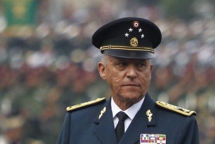 Detienen en EE.UU. al general Salvador Cienfuegos, exsecretario de Defensa de México