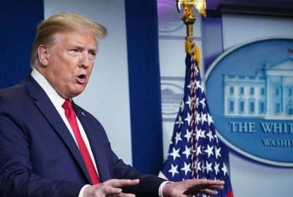 """Tontos bastardos"", llama Trump a CNN; acusa a la cadena de sobredimensionar pandemia"