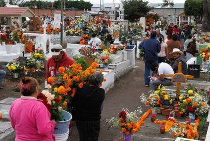 Abrirán panteones de Tuxtla para Día de Muertos