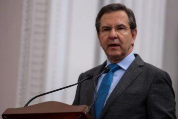 Pasará Moctezuma Barragán de la SEP a la Embajada en EU
