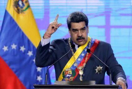Maduro ofrece petróleo a cambio de vacunas contra covid-19