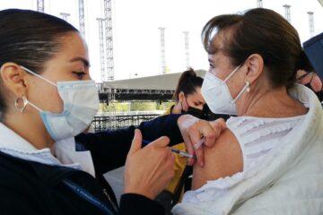 En México, vacunación anticovid a personas de 50 a 59 años iniciará en mayo