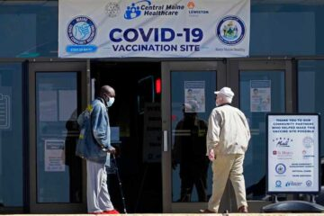Variante de Covid se extiende por EU y menos gente se vacuna