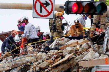 Van 12 muertos tras derrumbe del edificio en Florida