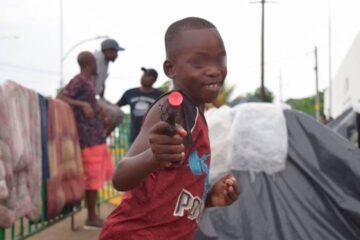Africanos sobreviven en Tapachula