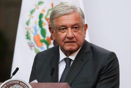 INE ordena retirar tres mañaneras de AMLO por intromisión electoral