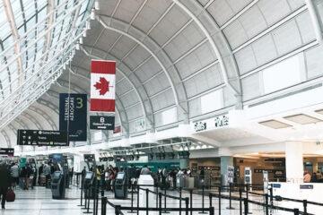 Canadá prohibirá ingreso de turistas no vacunados contra covid, dice Trudeau