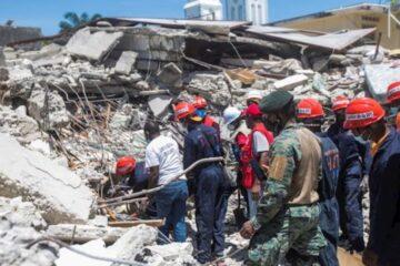 Aumenta a mil 297 la cifra de muertos por el sismo de Haití