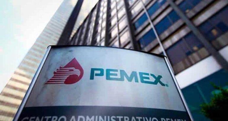 Petroleros emplazan a huelga en Pemex el 30 de septiembre