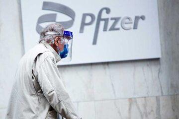 EU autoriza tercera dosis de Pfizer para personas mayores y de alto riesgo