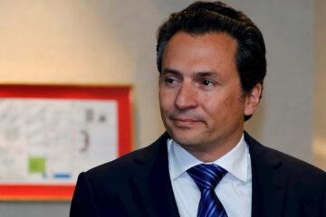 Emilio Lozoya construyó una red de lavado de dinero en el extranjero: UIF